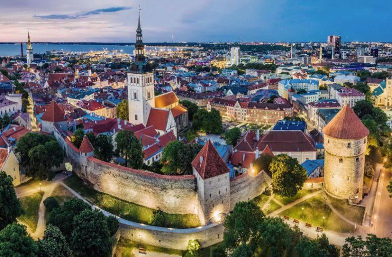 Estonya'nın Başkenti Tallinn'den Bir Kare
